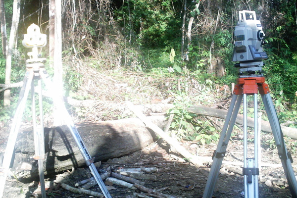 Topography-Equipment-Total-Station_2